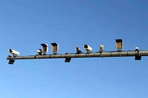 电子警察杆
